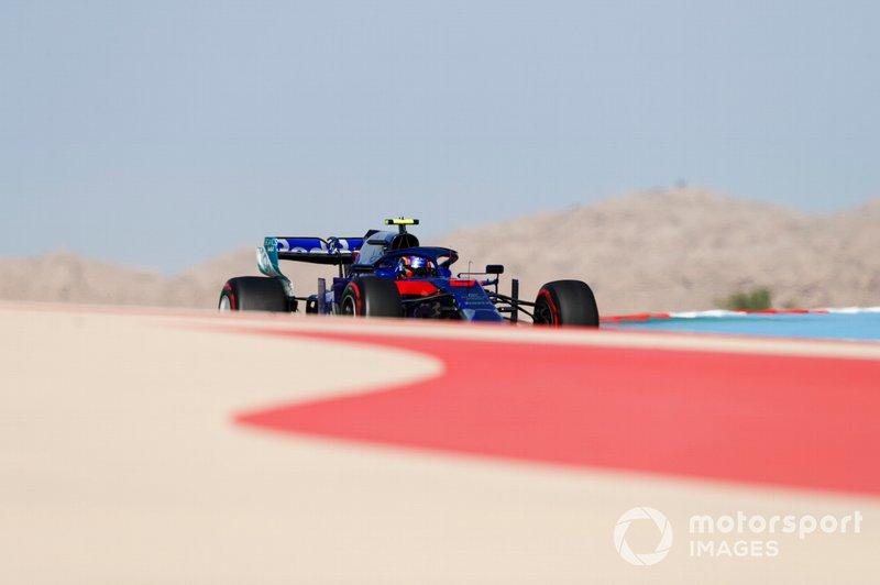 Алекс Албон, Toro Rosso STR14