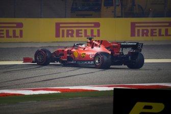 Sebastian Vettel, Ferrari SF90, en tête-à-queue