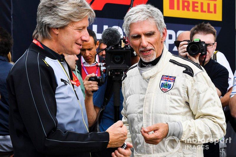 Damon Hill tras pilotar el Lotus 49 de su padre, Graham Hill