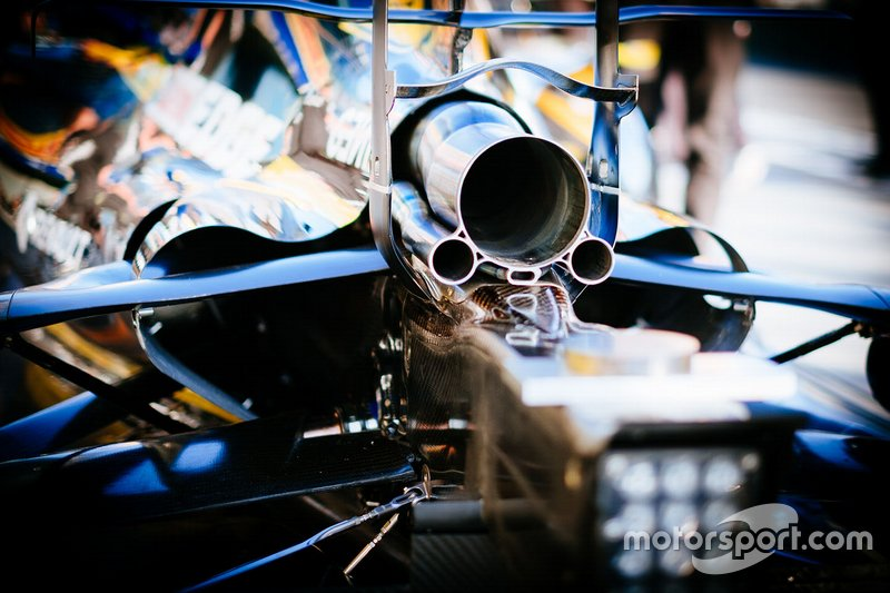 Renault F1 Team R.S.19, egzoz detay