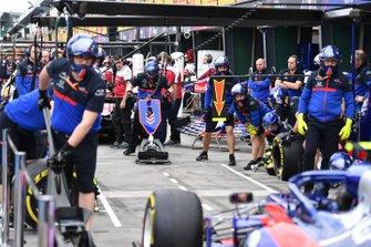 Prove pit stop con la Toro Rosso STR14