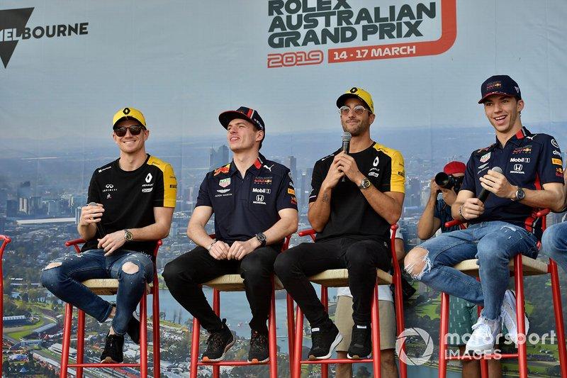 Nico Hulkenberg, Renault F1 Team, Max Verstappen, Red Bull Racing, Daniel Ricciardo, Renault, e Pierre Gasly, Red Bull Racing, sul palco