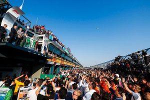 Race winner Valtteri Bottas, Mercedes AMG F1, Lewis Hamilton, Mercedes AMG F1 and Max Verstappen, Red Bull Racing on the podium