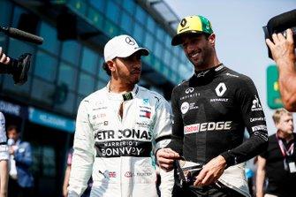 Lewis Hamilton, Mercedes AMG F1 and Daniel Ricciardo, Renault F1 Team