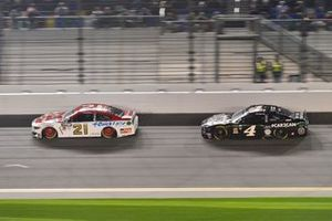 Paul Menard, Wood Brothers Racing, Ford Mustang Motorcraft / Quick Lane Tire & Auto Center, Kevin Harvick, Stewart-Haas Racing, Ford Mustang Busch Beer Car2Can