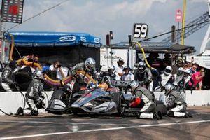 Santino Ferrucci, Dale Coyne Racing Honda, pit stop