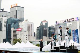 The PRO AM podium: Bandar Alesayi, Saudi Racing, 2nd position, winner Yaqi Zhang, Team China, Célia Martin, Viessman Jaguar eTROPHY Team Germany, 3rd position