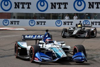 Takuma Sato, Rahal Letterman Lanigan Racing Honda, Spencer Pigot, Ed Carpenter Racing Chevrolet
