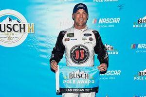 Polesitter Kevin Harvick, Stewart-Haas Racing, Ford Mustang Busch Beer