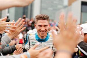 Edoardo Mortara, Venturi Formula E fête la deuxième place sur le podium