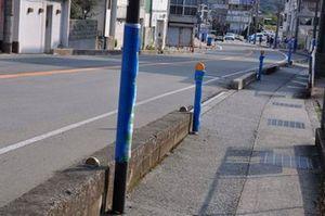 電柱などにはクッションが巻かれている|準備が進むA1市街地グランプリ GOTSU 2020のコース