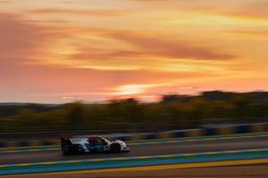 #24 Nielsen Racing - ORECA 07 - Gibson: Garret Grist, Alex Kapadia, Anthony Wells