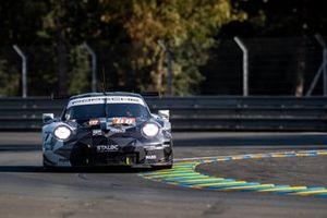 #88 Dempsey-Proton Racing - Porsche 911 RSR: Thomas Preining, Dominique Bastien, Adrien De Leener