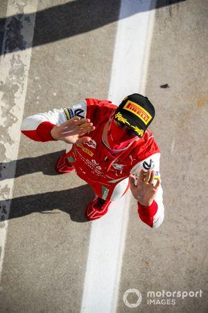 Le vainqueur Mick Schumacher, Prema Racing