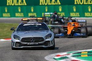 Safety Car Carlos Sainz Jr., McLaren MCL35 and Lewis Hamilton, Mercedes F1 W11