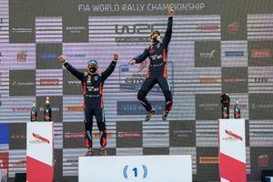 Podium: Race winner Ott Tänak, Martin Järveoja, Hyundai Motorsport Hyundai i20 Coupe WRC