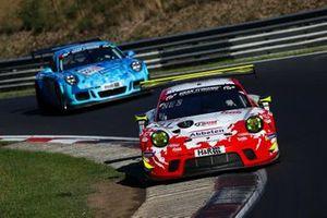 #31 Frikadelli Racing Team Porsche 911 GT3 R: Michael Christensen, Kevin Estre, Maxime Martin, Jeroen Bleekemolen