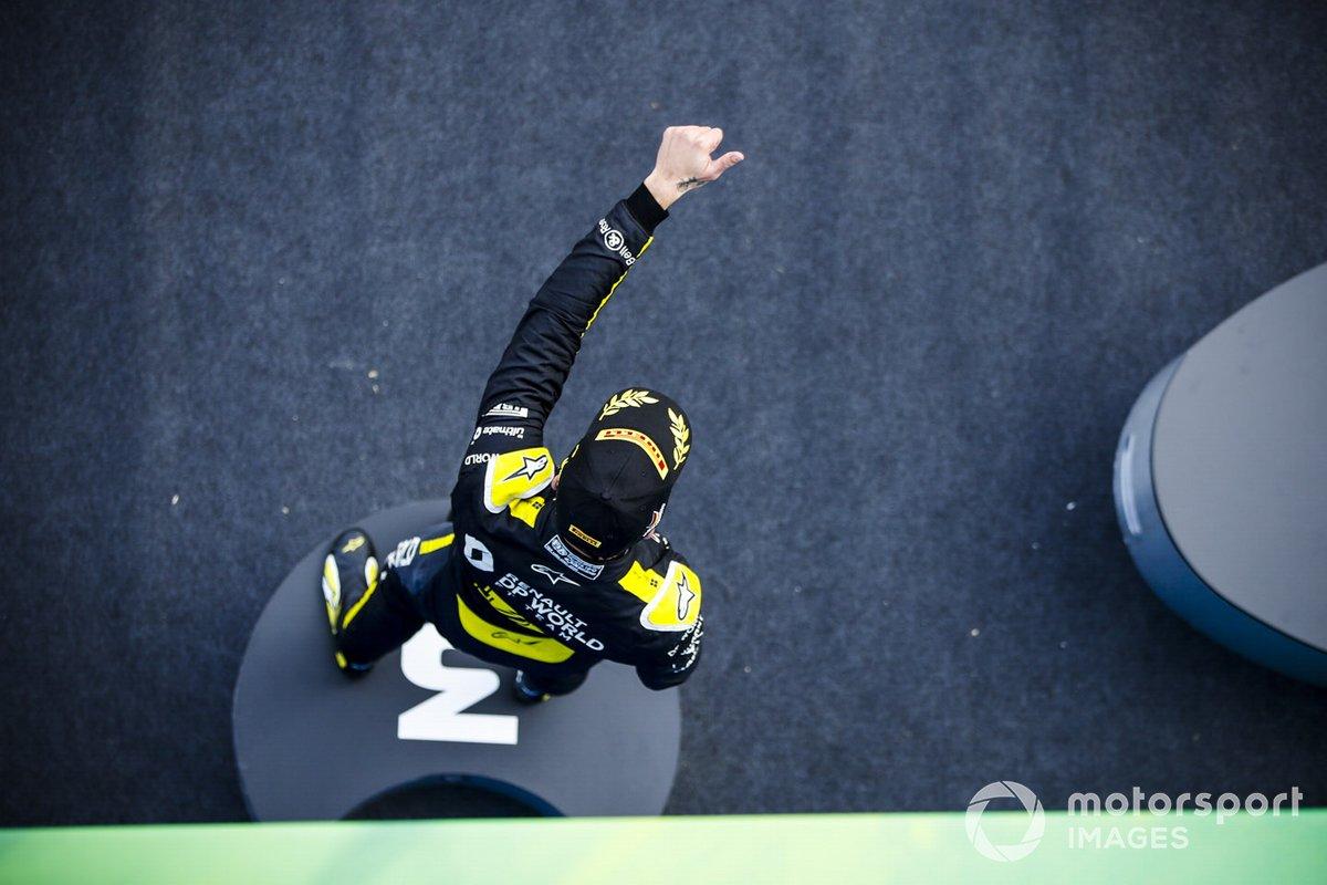 Podio: tercer lugar Daniel Ricciardo, Renault F1