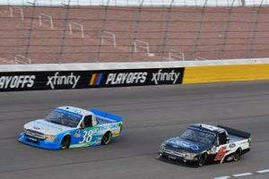Todd Gilliland, Front Row Motorsports, Ford F-150 pneumatech Tanner Gray, DGR-Crosley, Ford F-150 Ford Performance