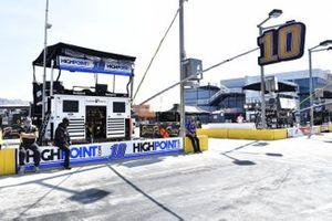 #10: Aric Almirola, Stewart-Haas Racing, Ford Mustang HighPoint.com
