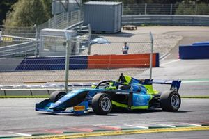 Gillian Henrion, F3 Tatuus 318 A.R. #33, Gillian Track Events GTE by Cram