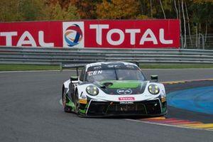 #54 Dinamic Motorsport Porsche 911 GT3-R: Matteo Cairoli, Christian Engelhart, Sven Müller
