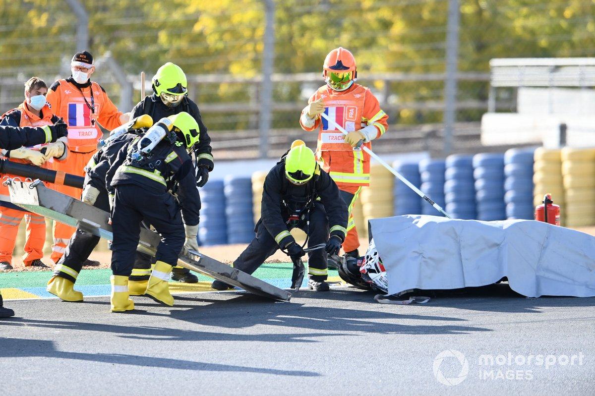 Moto de Mattia Casadei, Ongetta SIC58 Squadracorse después de la caída