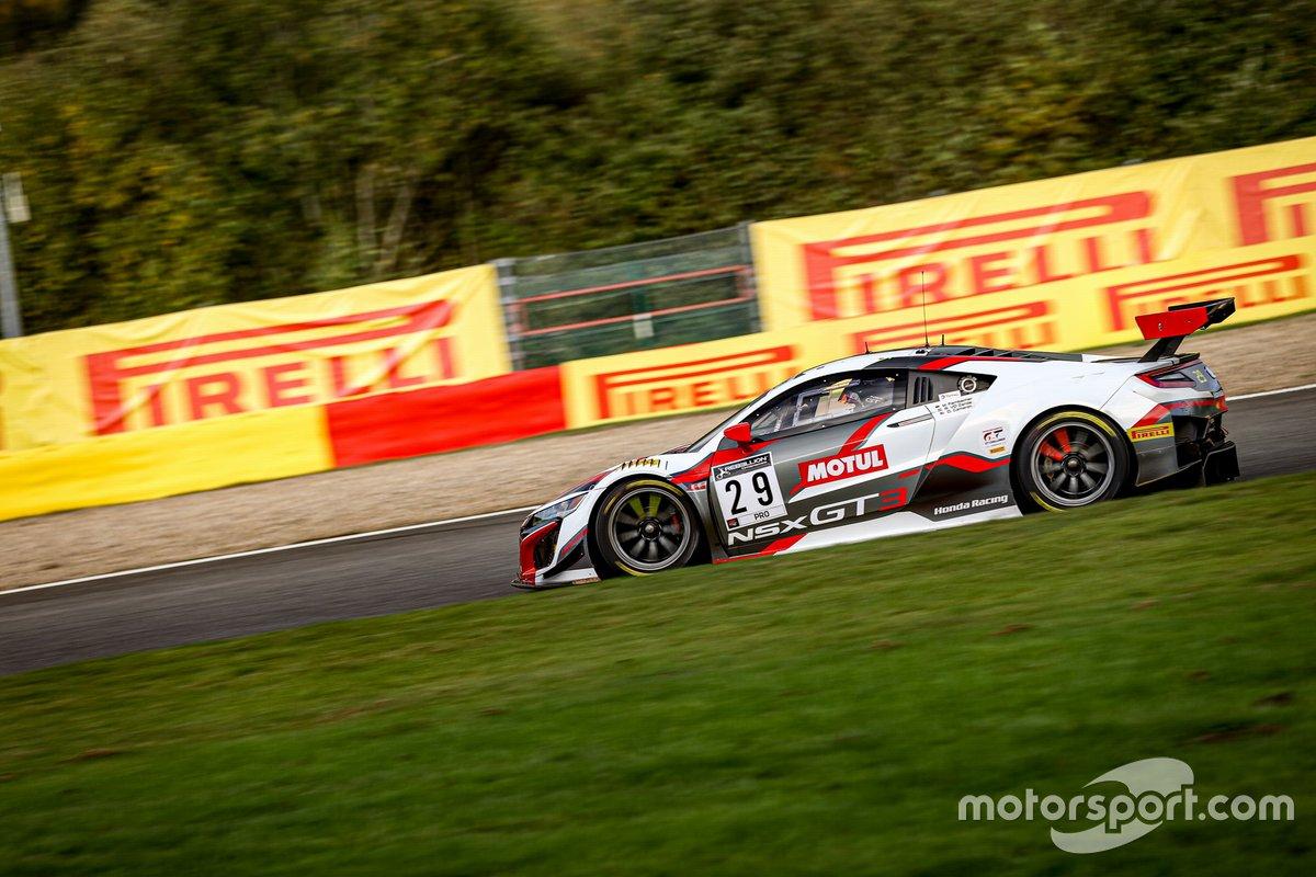 #29 Team Honda Racing Honda Acura NSX GT3: Dane Cameron, Mario Farnbacher, Renger van der Zande