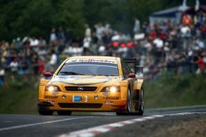 Peter Dumbreck, Jeroen Bleekemolen, Christian Menzel, Volker Strycek OPC Team Phoenix Opel Astra V8 Coupe failed to finish