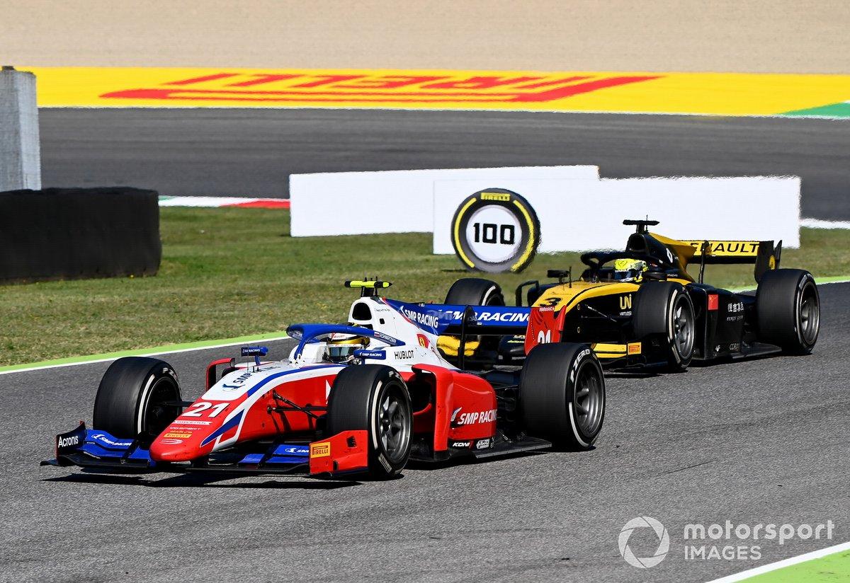 Robert Shwartzman, Prema Racing precede Guanyu Zhou, UNI-Virtuosi
