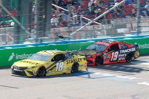 Kyle Busch, Joe Gibbs Racing, Toyota Camry STANLEY, Martin Truex Jr., Joe Gibbs Racing, Toyota Camry Bass Pro Shops