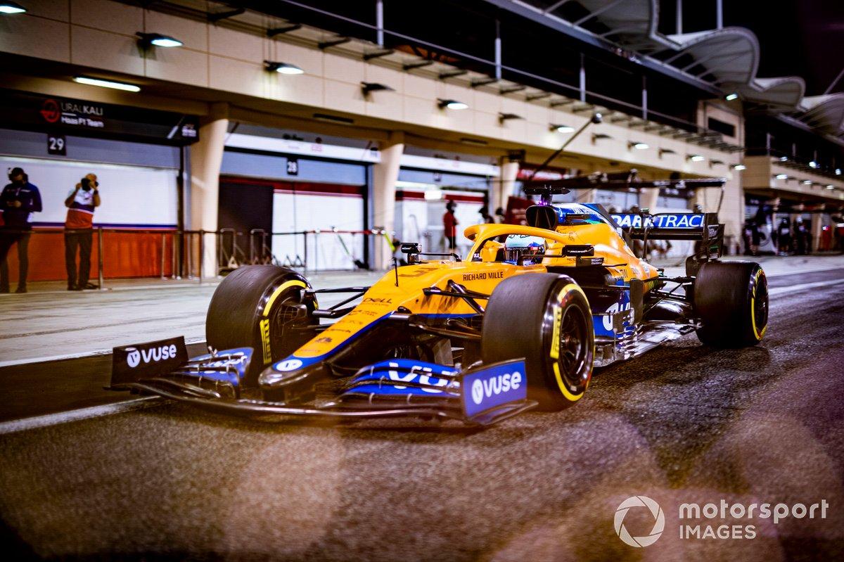 7. McLaren MCL35M: 369 vueltas (1997,028 km)