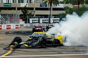 Colton Herta, Andretti Autosport Honda, fête sa victoire du Grand Prix de St. Petersburg