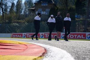 #92 Porsche GT Team Porsche 911 RSR - 19: Kevin Estre, Neel Jani at trackwalk
