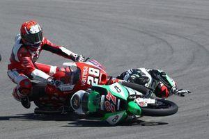 Izan Guevara, Aspar Team Moto3, Kaito Toba, Cip Green Power crash