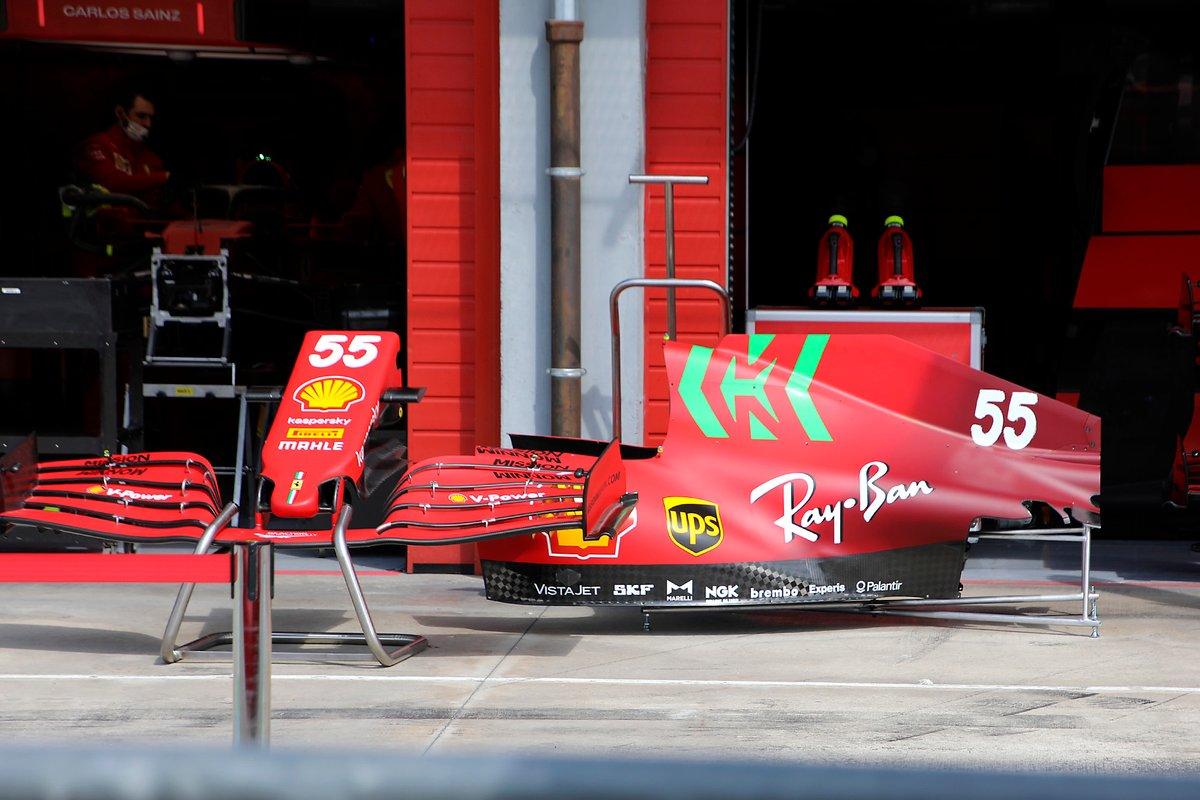 フェラーリSF21 ノーズとエンジンカウル