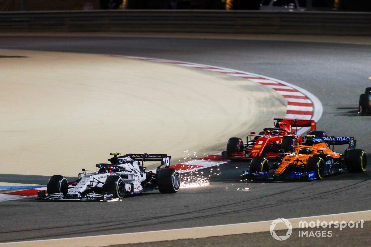 Pierre Gasly, AlphaTauri AT01, Lando Norris, McLaren MCL35, e Sebastian Vettel, Ferrari SF1000