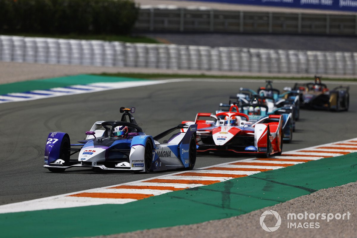 Jake Dennis, BMW i Andretti Motorsport, BMW iFE.21, Alex Lynn, Mahindra Racing, M7Electro, Oliver Turvey, NIO 333, NIO 333 001