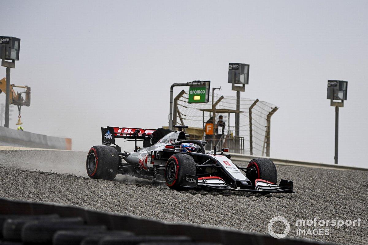 Romain Grosjean, Haas VF-20 se va a la grava