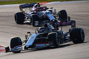 Romain Grosjean, Haas VF-20, Antonio Giovinazzi, Alfa Romeo Racing C39