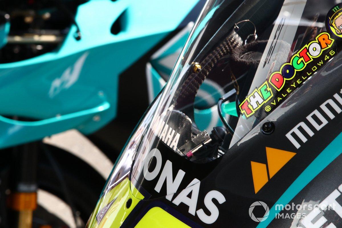 Moto de Valentino Rossi, Petronas Yamaha SRT