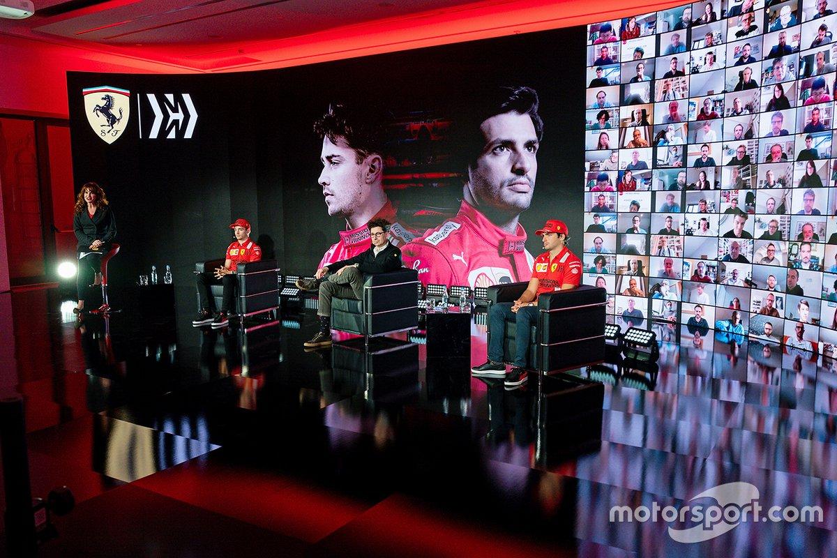 Mattia Binotto, Team Principal Ferrari con Charles Leclerc y Carlos Sainz Jr., Ferrari