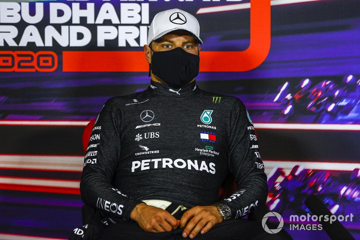 Valtteri Bottas, Mercedes-AMG F1, en la conferencia de prensa después de la carrera