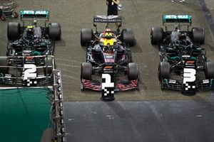 Polesitter Max Verstappen, Red Bull Racing, second place Valtteri Bottas, Mercedes F1 W11, third place Lewis Hamilton, Mercedes F1 W11, in Parc Ferme