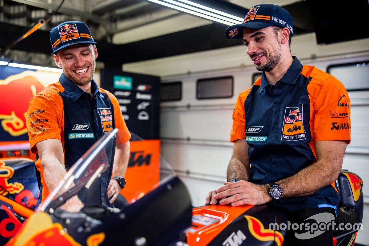 Brad Binder, Red Bull KTM Factory Racing y Miguel Oliveira, Red Bull KTM Factory Racing