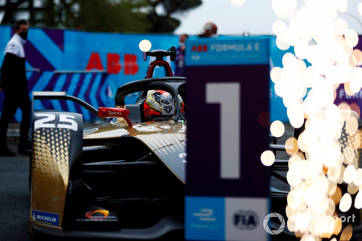 Race winner Jean-Eric Vergne, DS Techeetah, DS E-Tense FE21