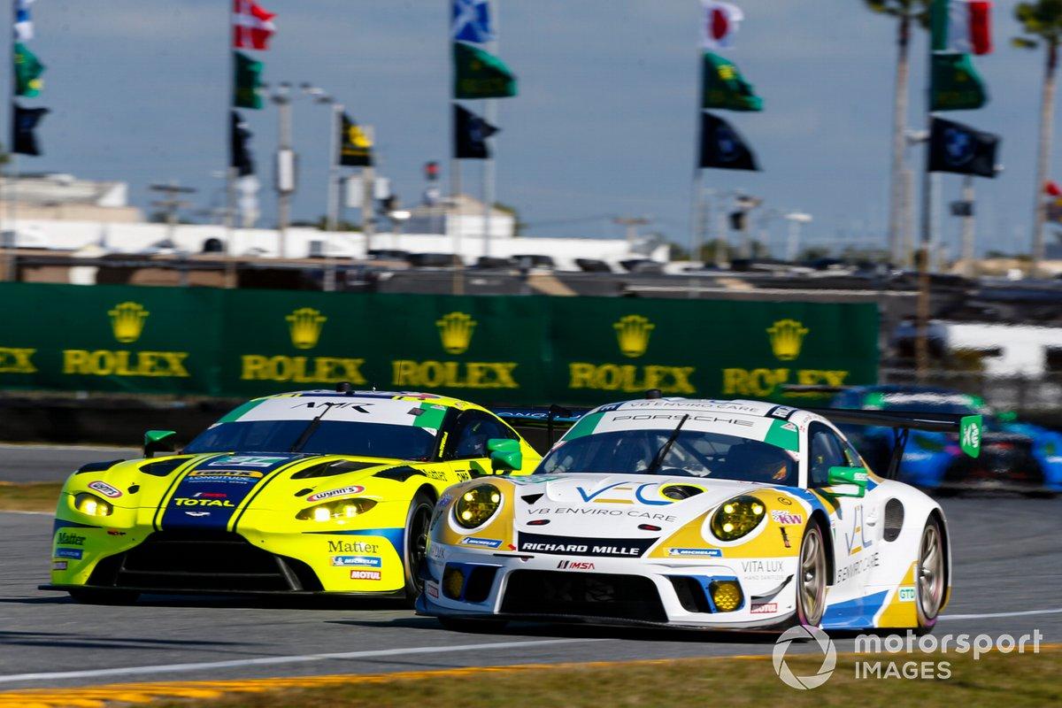 #88 Team Hardpoint EBM Porsche 911 GT3R, GTD: Rob Ferriol, Earl Bamber, Katherine Legge, Christina Nielsen