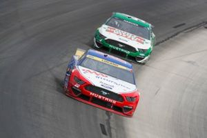 Joey Logano, Team Penske, Ford Mustang AAA Insurance, Kevin Harvick, Stewart-Haas Racing, Ford Mustang Hunt Brothers Pizza