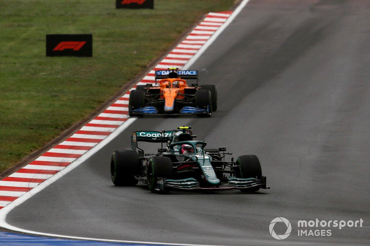Sebastian Vettel, Aston Martin AMR21, Lando Norris, McLaren MCL35M