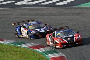 #25 RS Racing, Ferrari 488 GT3 Evo: Daniele Di Amato, Alexander Naussbaumer e #55 Nova Race, Honda NSX GT3 Evo: Francesco Massimo De Luca, Jacopo Guidetti